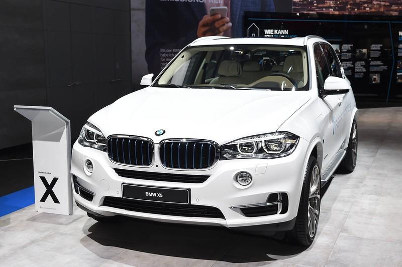 BMW kann sich nicht beklagen, denn sie verdienen viel an einem Auto.