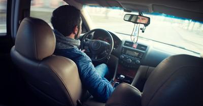 9 Autofahrer-Typen, die auf der Straße richtig nerven