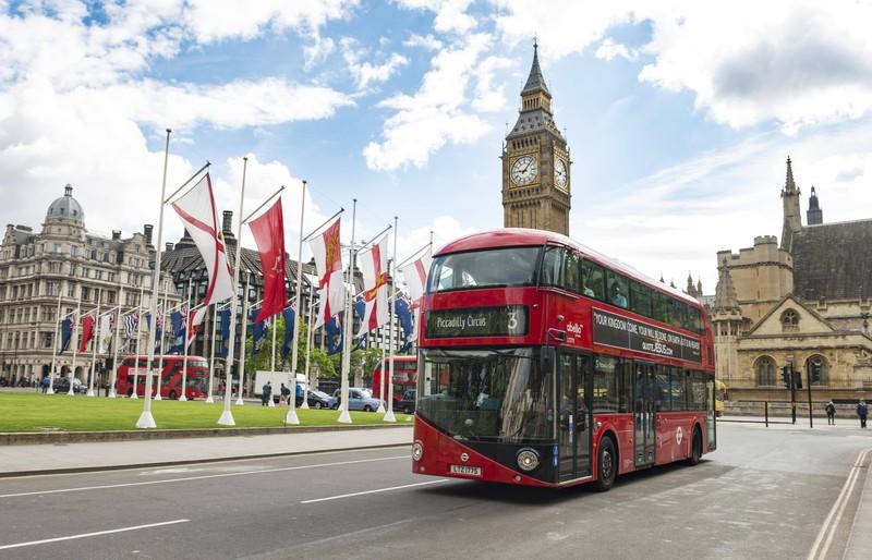 Warum sind die Busse in London eigentlich rot?