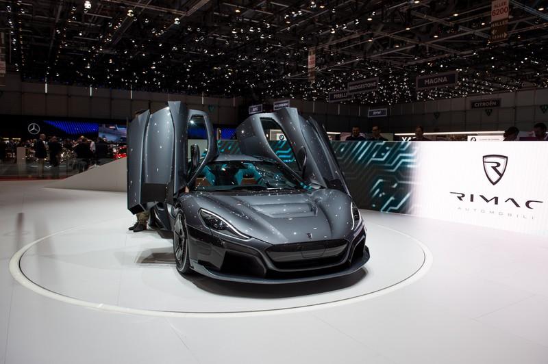 E-Auto mit +400 km/h