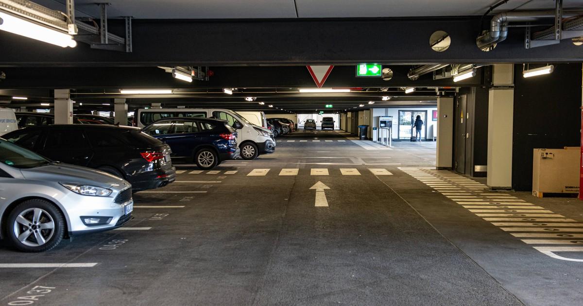 Parken am Flughafen: So sparst du jede Menge Geld