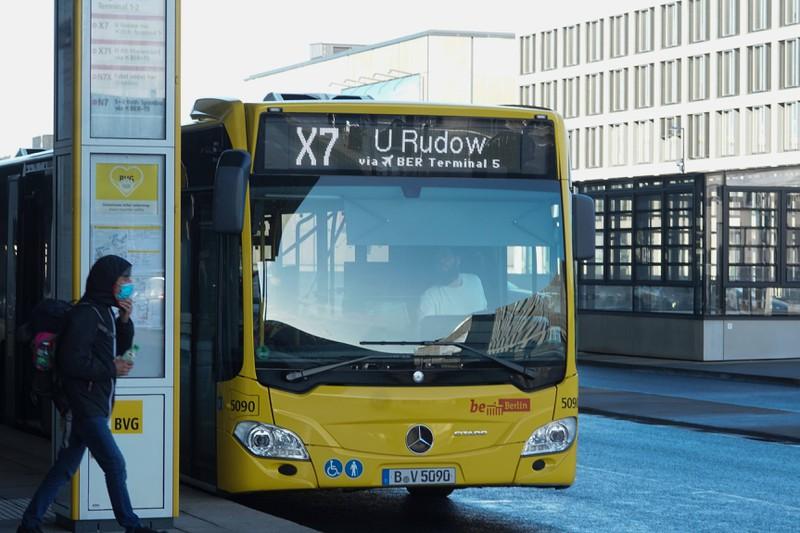 Der Shuttle-Bus ist eine günstige Alternative