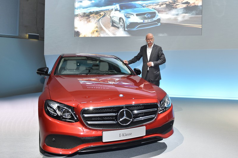 Die Mercedes E-Klasse besticht mit seiner langen Lebensdauer und einem komfortablen Innenleben.
