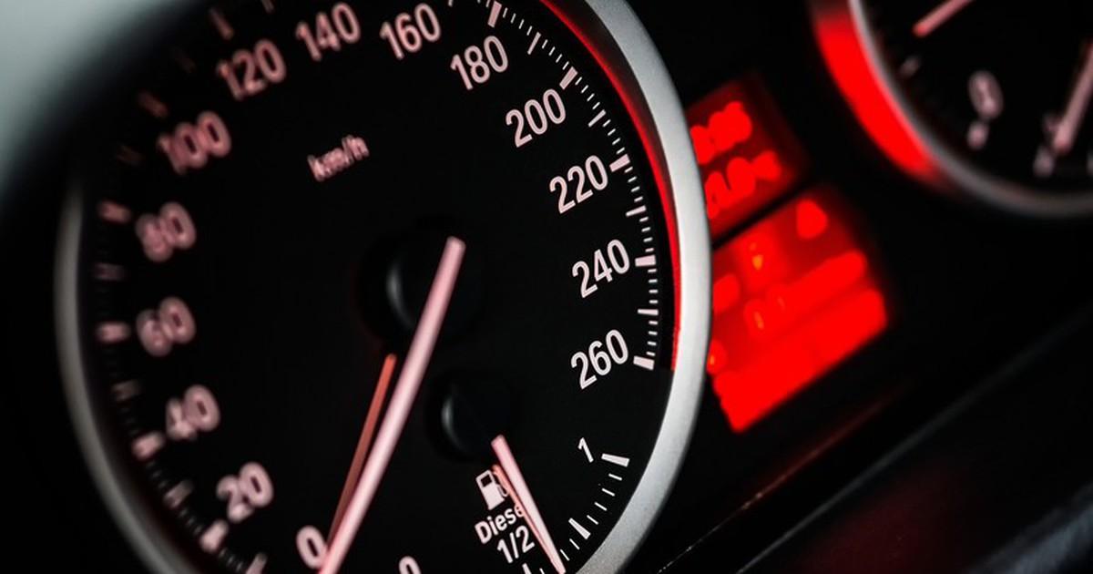 Das sind die gefährlichsten Fehler beim Autofahren