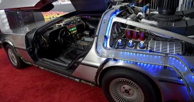"""5 Fakten, die kaum jemand über """"DeLorean"""" aus """"Zurück in die Zukunft"""" weiß:"""