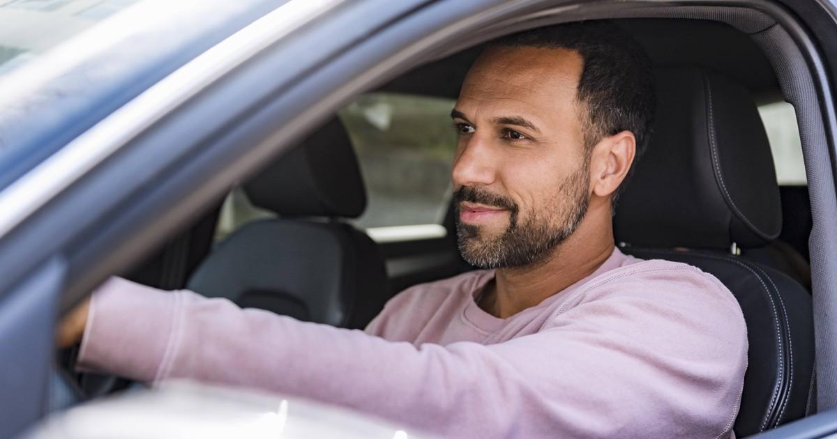 19 Fehler beim Autofahren, die die meisten machen