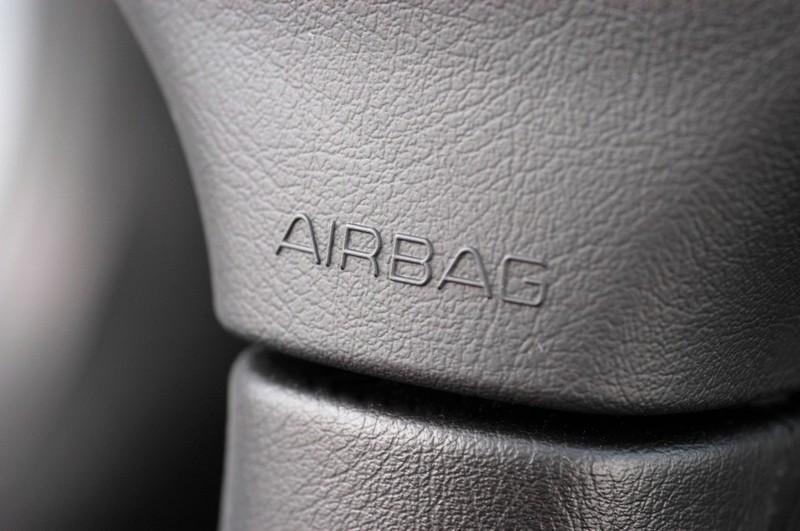 Der richtige Airbag ist wichtig, wenn Kinder im Auto mitgenommen werden.