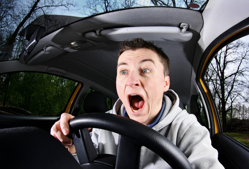 Wie sollte man sich bei einem Unfall verhalten.