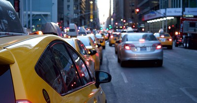 Zehn Verkehrsregeln, die in den USA anders als hier sind