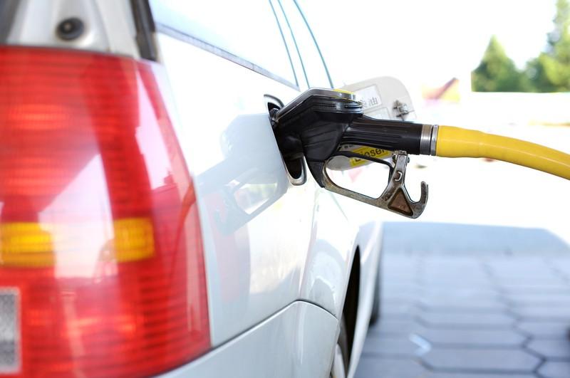 2 Euro der Liter: Heftige Steuererhöhung bei den Spritpreisen