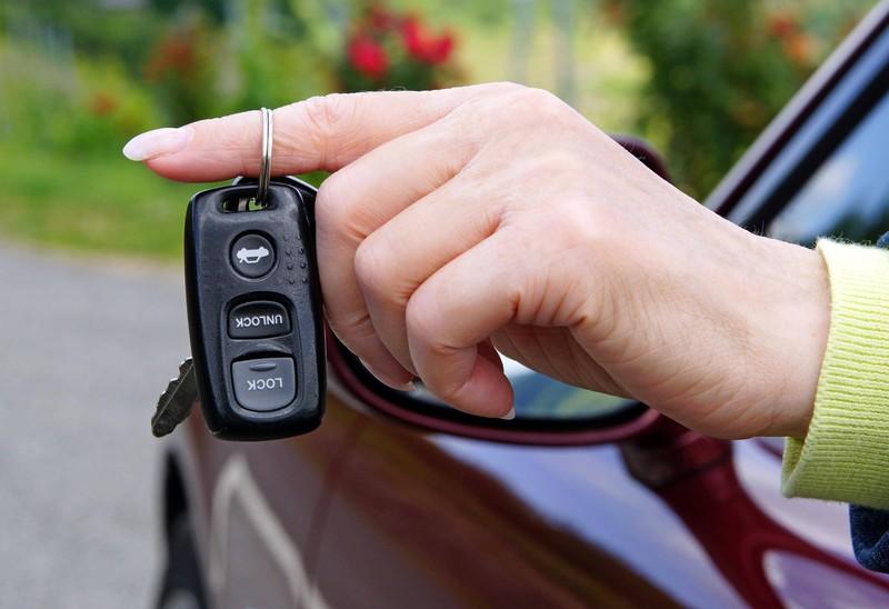 Der Funkschlüssel ist für viele Autofahrer noch etwas ganz neues.