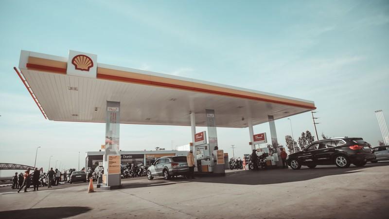 Ein Tankstellen Mythos besagt, dass Marken Benzin besser ist als Normales