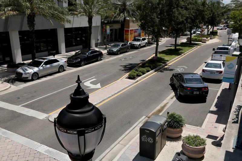 Das rechtsseitige rückwärts Einparken lernen