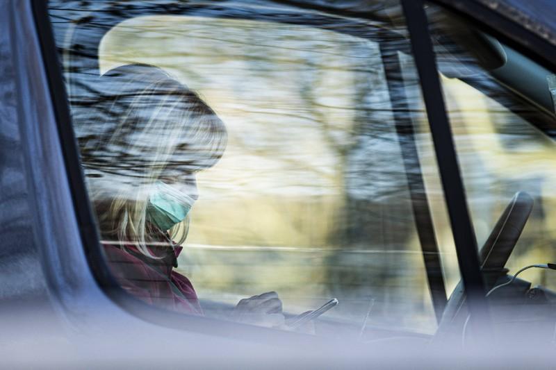 Man muss für andere Teilnehmer im Verkehr erkennbar bleiben, sonst droht eine Strafe