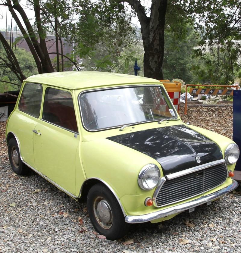Das Auto stammt aus einem bekannten Film und erlangte Kult-Status.