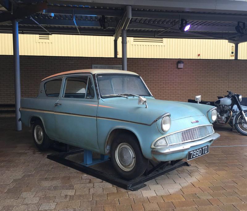 Das bekannteste Filmauto: Ein Ford Anglia.