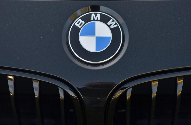 """Der Auto-Markenname BMW steht für """"Bayerischen Motoren-Werke""""."""