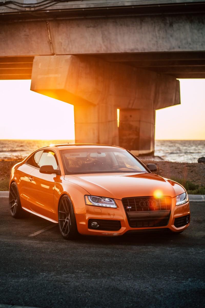 Viele kennen das Auto Audi S5 Sunset, aber nicht wofür die Marke Audi steht.