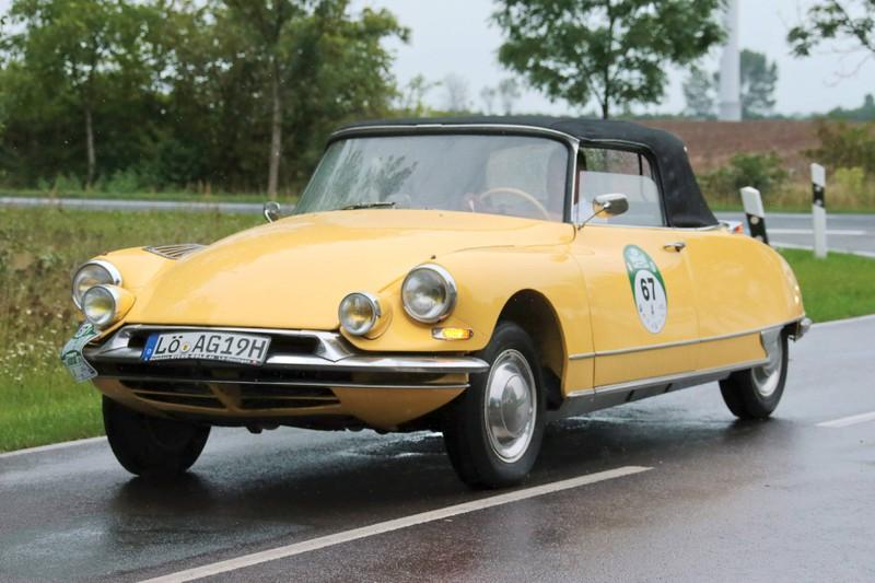 In gelb gibt das Cabriolet echt was her